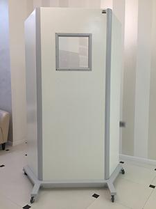 Ширма рентгенозащитная 3-х секционная с окном (экв. 1,0 мм Рв) картинка